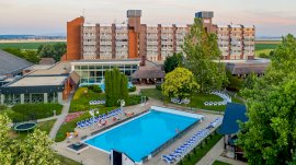 -  wellness hotel
