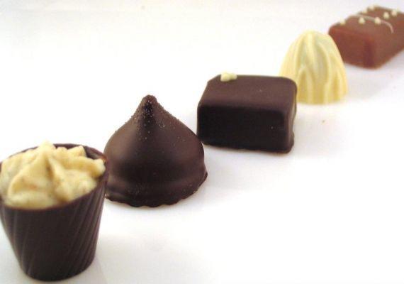 A csokizó, Tata
