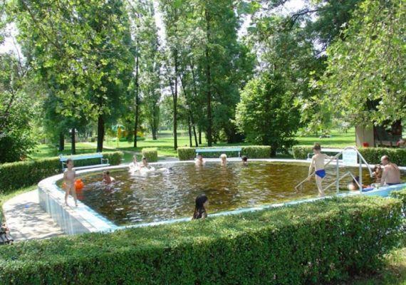 Liget Termálstrand és Élményfürdő, Szolnok
