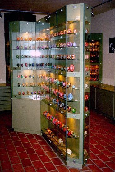 Míves Tojás Gyűjtemény, Zengővárkony